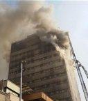 پلاسکو فرو ریخت/ ماموران اورژانس وآتش نشانی درحال تخلیه و آواربرداری ساختمان پلاسکو/45 مصدوم این حادثه آتش نشان هستند