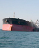 ۷ نفتکش پهنپیکر در بدترین شرایط آب و هوایی در خارگ پهلودهی شدند