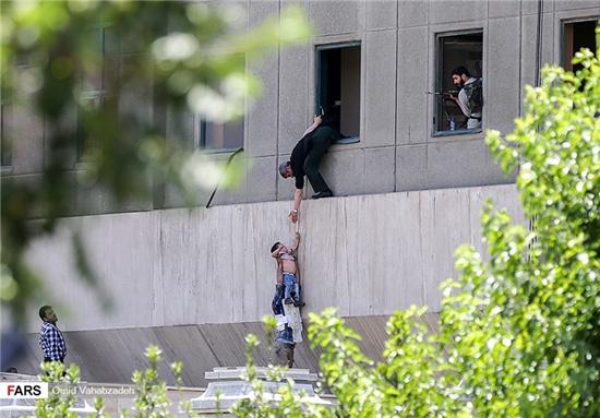 کودک جنجالی حادثه تروریستی تهران