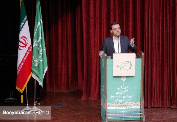 با وضعیت فعلی، خشونت مساله آینده ایران خواهد شد / رسالت ما پاسداشت امید است تا کماکان ثابت کنیم امید بذر هویت ماست