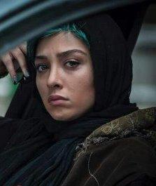 """""""ممنوعه"""" داستان سه نسل است که همزمان روایت می شود"""
