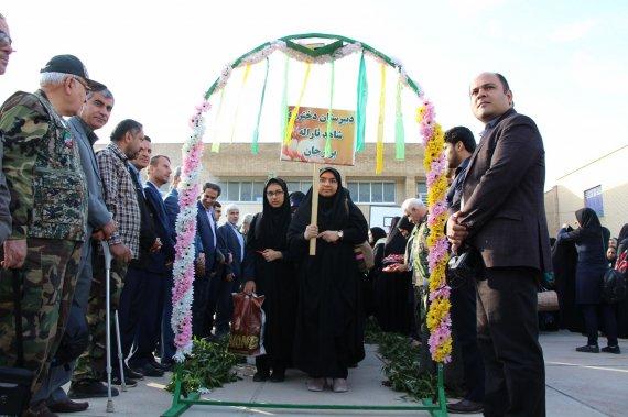 تصاویر اختصاصی «اتحاد خبر» از آیین بدرقه اردوی راهیان نور دانش آموزان دشتستان (2)