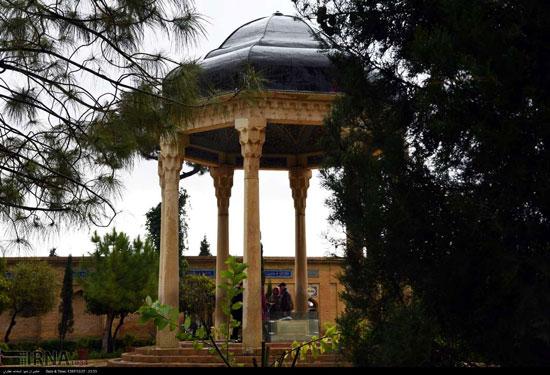 آرامگاه حافظ در آستانه ایام نوروز