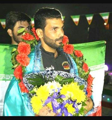 شکست رکورد جهانی توسط جوان ورزشکار بوشهری+ تصویر