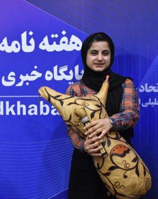 آرزویم این است که بدون دغدغه اجرا کنم/برخی مسئولان استان بوشهر با ساز بومی شان مخالفت می کنند