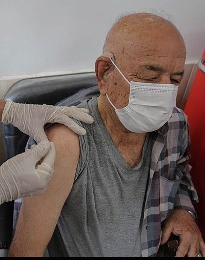واکسیناسیون سالمندان ۷۵ سال به بالا از شنبه/ ورود محموله جدید واکسن تا پایان هفته