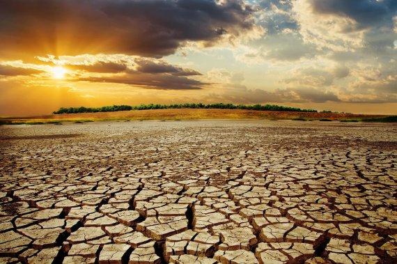 دوره خشکسالی طولانی خواهد بود/ مردم و مسئولان بههوش باشند
